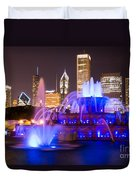 Buckingham Fountain At Night With Chicago Skyline Duvet Cover