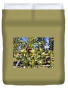 Bumblebee On Elkweed Blossoms Duvet Cover