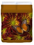 Butterfly Resting On Chrysanthemums Duvet Cover