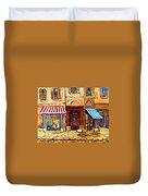 Cafe De Vieux Montreal With Couple Duvet Cover by Carole Spandau