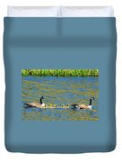 Canada Geese With 5 Goslings Duvet Cover