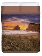 Cape Kiwanda In Pacific City Beach At Sunset Duvet Cover
