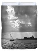 Catboat In Barnstable Harbor Duvet Cover