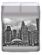 Chicago Skyline In Black And White Duvet Cover