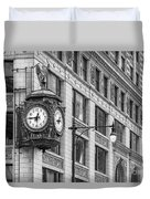 Chicago's Father Time Clock Bw Duvet Cover