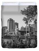 Cincinnati Skyline Through Trees Duvet Cover