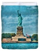 City - Ny - The Statue Of Liberty Duvet Cover