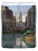 City Hall Reflecting In Swann Fountain Duvet Cover