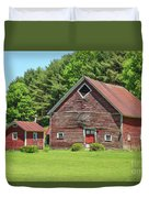 Classic Old Red Barn In Vermont Duvet Cover