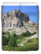 Cliff Shelf Trail In Badlands National Park South Dakota Duvet Cover