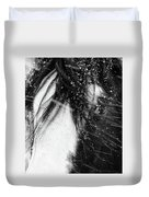 Close Up Portrait Of A Horse In Falling Snow Duvet Cover