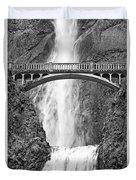 Close Up View Of Multnomah Falls Duvet Cover