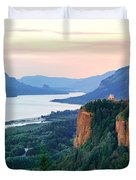 Columbia River With Vista House Duvet Cover
