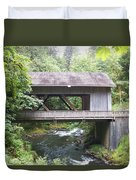 Covered Bridge Of Cedar Creek Duvet Cover