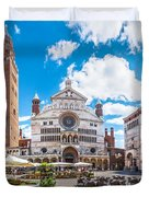 Cremona Market Square With Cathedral Duvet Cover