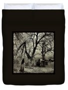 Crow Waits On Tombstone Duvet Cover