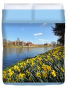 Daffodils Beside The Thames At Hampton Court London Uk Duvet Cover