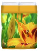 Daylily Bud And Bloom Duvet Cover