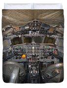 De Havilland Dh106 Comet 4 G Apdb Cockpit Full Size Poster Duvet Cover