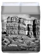 Death On Notom-bullfrog Road - Capitol Reef - Bw Duvet Cover