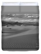 Death Valley Dunes Black And White Duvet Cover