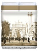 Dewey's Arch Monument, Madison Square, New York, 1900 Duvet Cover