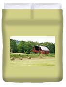 Dilapidated Old Red Barn Duvet Cover