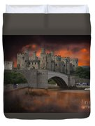 Dramatic Sky Over Castell Conwy Duvet Cover