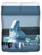 Drying Clothes In Ice Berg Alley Duvet Cover