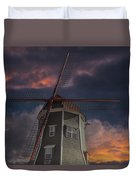 Dutch Windmill In Lynden Washington State At Sunset Duvet Cover