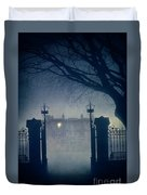 Eerie Mansion In Fog At Night Duvet Cover