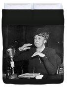 Eleanor Roosevelt At Hearing Duvet Cover