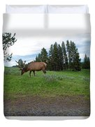 Elk Feeding Duvet Cover