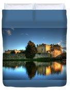 Evening Sun At Leeds Castle Duvet Cover
