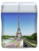 Eviffel Tower With Fountains Duvet Cover