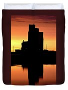 Eyebrow Gain Elevator Reflected Off Water After Sunset Duvet Cover