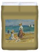 Figures On The Beach, 1890 Duvet Cover