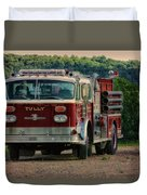 Fire Truck  Engine 13 Village Of Tully New York Pa Duvet Cover