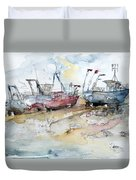 Fishing Boats At Hastings' Beach Duvet Cover