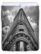 Flatiron Building  Nyc Black And White Duvet Cover