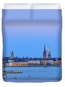 Full Moon Rising Over The Trio Of Gamla Stan Churches In Stockholm Duvet Cover
