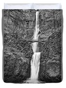 Full View Of Multnomah Falls Duvet Cover