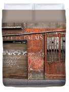 Garage Du Palais Duvet Cover