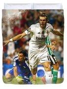 Gareth Bale Celebrates His Goal  Duvet Cover