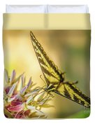 Giant Swallowtail With Yosemite Showy Milkweed Duvet Cover