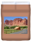 Gifford Homestead Barn - Capitol Reef National Park Duvet Cover