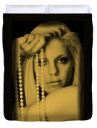 Girl With Pearls II Duvet Cover