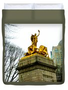 Gloden Maine Statue By Central Park New York Duvet Cover
