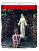 Going Before The Sacred Heart Of Jesus Duvet Cover