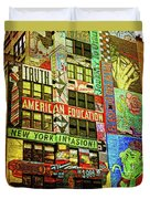 Graffitti On New York City Building Duvet Cover